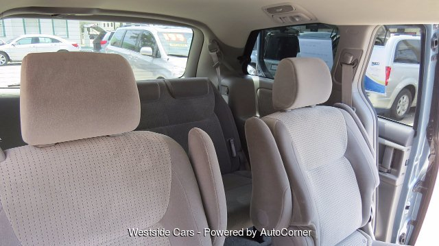 2008 Toyota Sienna LE FWD 7-Passenger Seating 5-Speed Automatic