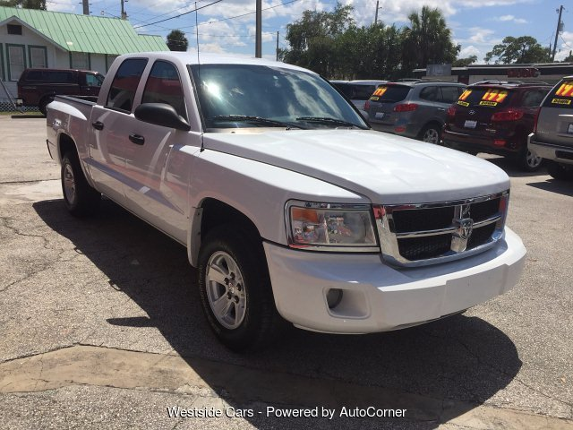 2008 Dodge Dakota SLT Crew Cab  4WD 4-Speed Automatic