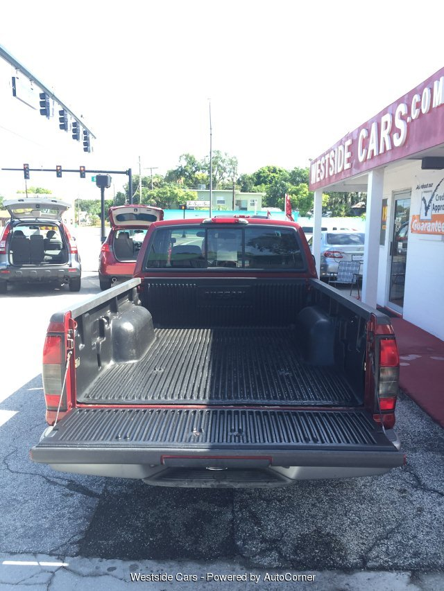 2004 Nissan Frontier 2WD XE V/6 KING CAB